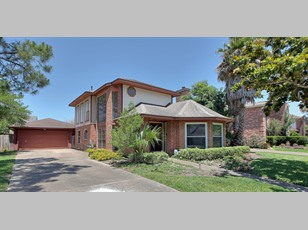 2106 Hickory Lawn Dr.                                                                               ,Houston                                                                                             ,TX-77077