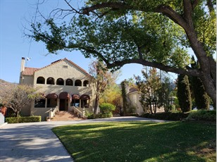 1741 W Mountain St                                                                                  ,Glendale                                                                                            ,CA-91201