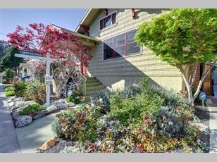 2558 Pleasant Street                                                                                ,Oakland                                                                                             ,CA-94602