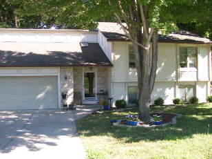 8620 Cleveland Ave.                                                                                 ,Kansas City                                                                                         ,KS-66109